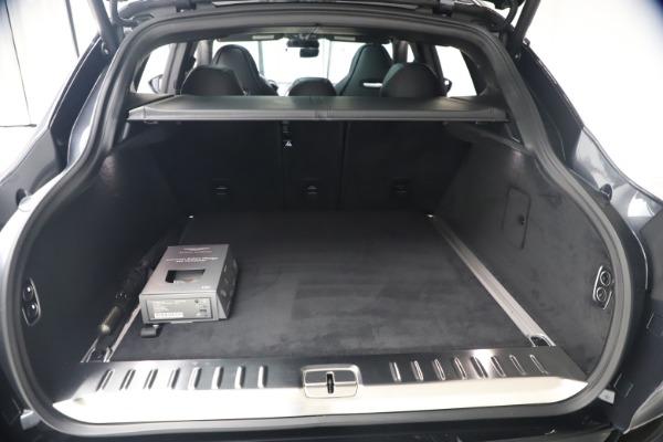 New 2021 Aston Martin DBX for sale $208,786 at Alfa Romeo of Westport in Westport CT 06880 21