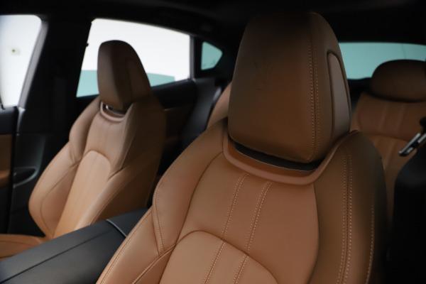 New 2021 Maserati Levante GranSport for sale $73,900 at Alfa Romeo of Westport in Westport CT 06880 15