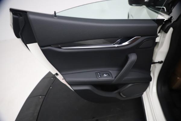New 2021 Maserati Ghibli SQ4 for sale $85,804 at Alfa Romeo of Westport in Westport CT 06880 22
