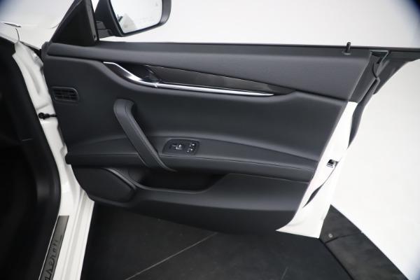 New 2021 Maserati Ghibli SQ4 for sale $85,804 at Alfa Romeo of Westport in Westport CT 06880 25