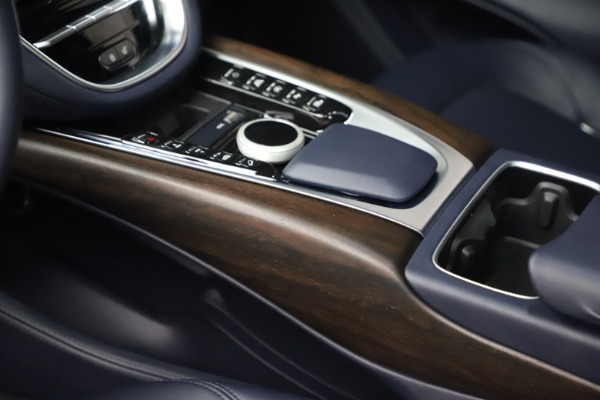 New 2021 Aston Martin DBX for sale $195,786 at Alfa Romeo of Westport in Westport CT 06880 17