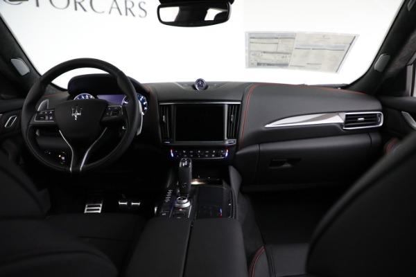 New 2021 Maserati Levante GTS for sale $138,385 at Alfa Romeo of Westport in Westport CT 06880 23