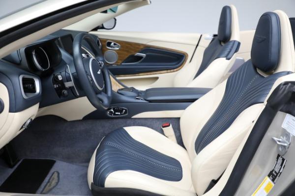Used 2019 Aston Martin DB11 Volante for sale $209,900 at Alfa Romeo of Westport in Westport CT 06880 14