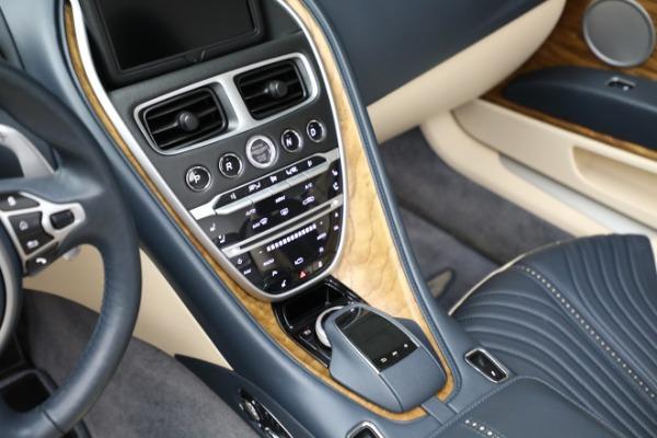 Used 2019 Aston Martin DB11 Volante for sale $209,900 at Alfa Romeo of Westport in Westport CT 06880 18