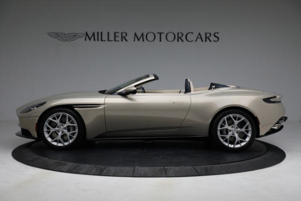 Used 2019 Aston Martin DB11 Volante for sale $209,900 at Alfa Romeo of Westport in Westport CT 06880 2