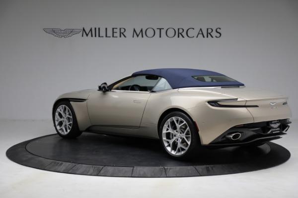 Used 2019 Aston Martin DB11 Volante for sale $209,900 at Alfa Romeo of Westport in Westport CT 06880 27