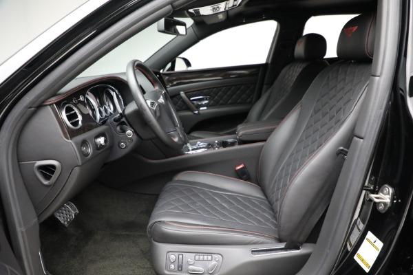Used 2017 Bentley Flying Spur V8 for sale $136,900 at Alfa Romeo of Westport in Westport CT 06880 18