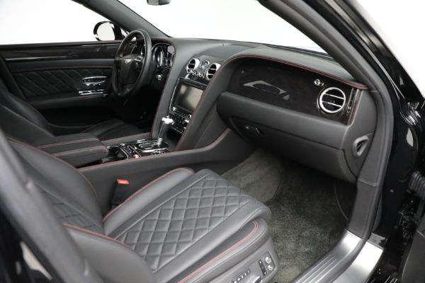 Used 2017 Bentley Flying Spur V8 for sale $136,900 at Alfa Romeo of Westport in Westport CT 06880 25