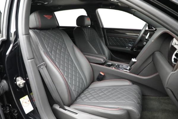 Used 2017 Bentley Flying Spur V8 for sale $136,900 at Alfa Romeo of Westport in Westport CT 06880 27