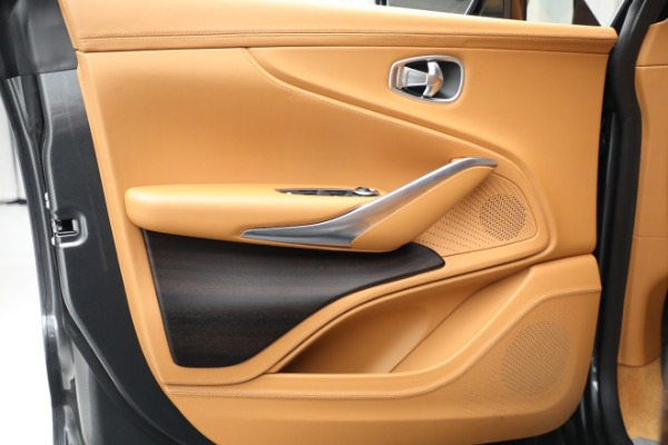 New 2021 Aston Martin DBX for sale $203,886 at Alfa Romeo of Westport in Westport CT 06880 14