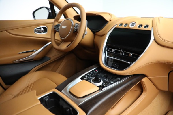 New 2021 Aston Martin DBX for sale $203,886 at Alfa Romeo of Westport in Westport CT 06880 19