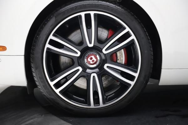 Used 2017 Bentley Flying Spur V8 S for sale $149,900 at Alfa Romeo of Westport in Westport CT 06880 14