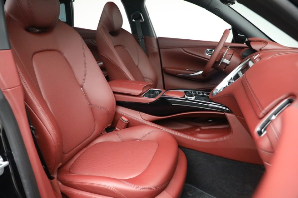 New 2021 Aston Martin DBX for sale $200,686 at Alfa Romeo of Westport in Westport CT 06880 21