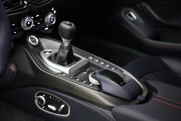 New 2021 Aston Martin Vantage for sale $189,686 at Alfa Romeo of Westport in Westport CT 06880 16