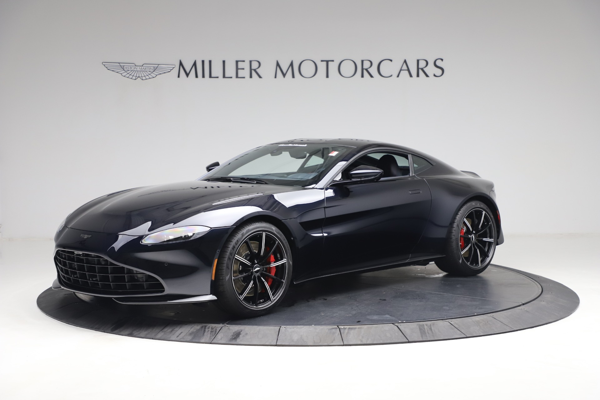New 2021 Aston Martin Vantage for sale $189,686 at Alfa Romeo of Westport in Westport CT 06880 1