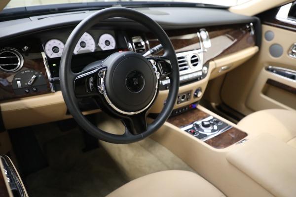 Used 2011 Rolls-Royce Ghost for sale Call for price at Alfa Romeo of Westport in Westport CT 06880 12