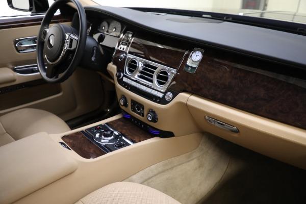 Used 2011 Rolls-Royce Ghost for sale Call for price at Alfa Romeo of Westport in Westport CT 06880 13