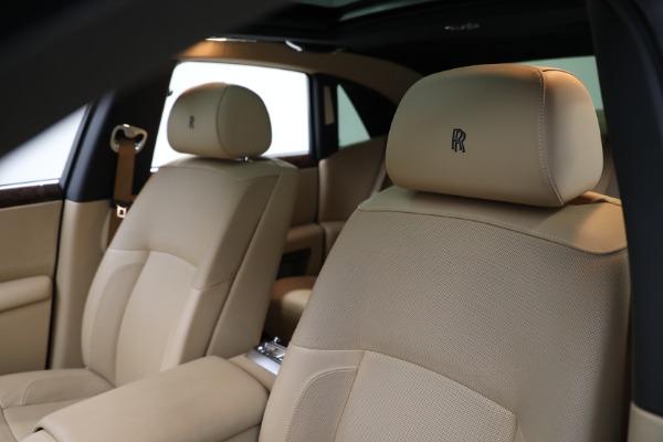 Used 2011 Rolls-Royce Ghost for sale Call for price at Alfa Romeo of Westport in Westport CT 06880 14