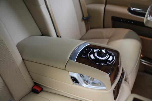 Used 2011 Rolls-Royce Ghost for sale Call for price at Alfa Romeo of Westport in Westport CT 06880 21
