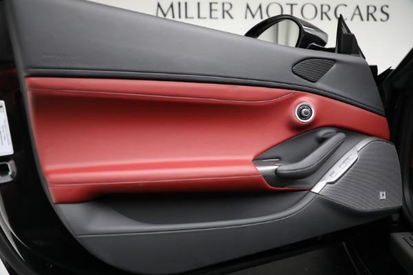 Used 2019 Ferrari Portofino for sale $249,900 at Alfa Romeo of Westport in Westport CT 06880 27