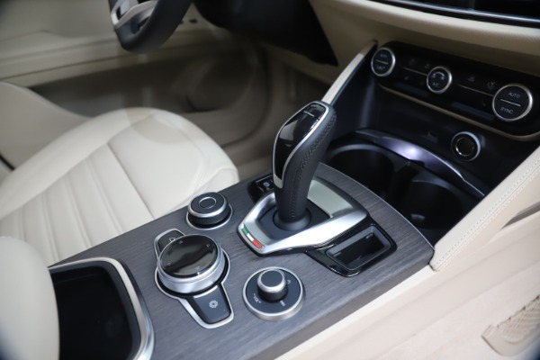 New 2021 Alfa Romeo Stelvio Ti Q4 for sale $54,755 at Alfa Romeo of Westport in Westport CT 06880 18