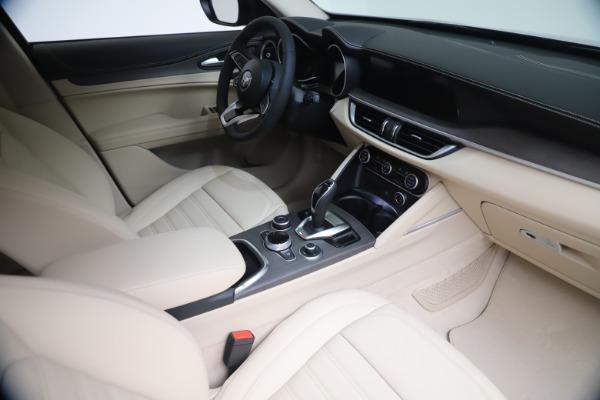 New 2021 Alfa Romeo Stelvio Ti Q4 for sale $54,755 at Alfa Romeo of Westport in Westport CT 06880 19