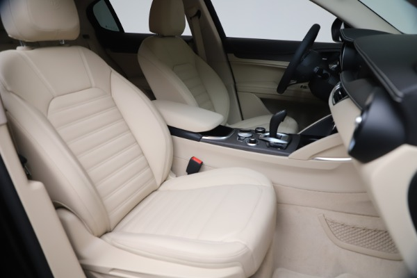 New 2021 Alfa Romeo Stelvio Ti Q4 for sale $54,755 at Alfa Romeo of Westport in Westport CT 06880 21