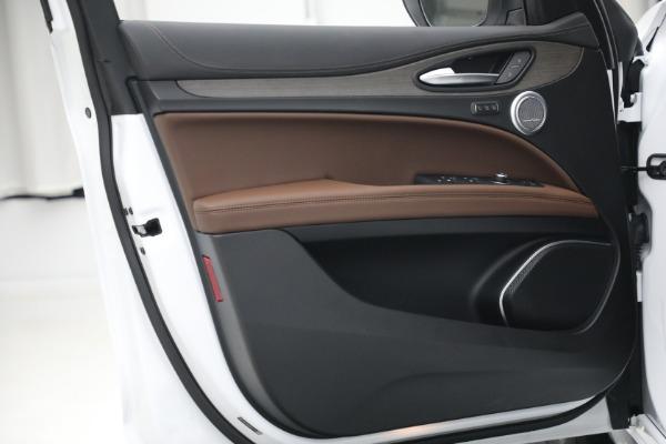 New 2021 Alfa Romeo Stelvio Ti Q4 for sale $54,840 at Alfa Romeo of Westport in Westport CT 06880 21