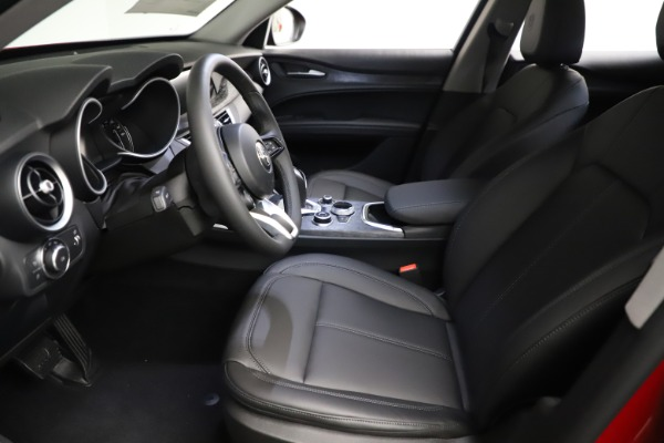 New 2021 Alfa Romeo Stelvio Q4 for sale $50,535 at Alfa Romeo of Westport in Westport CT 06880 17