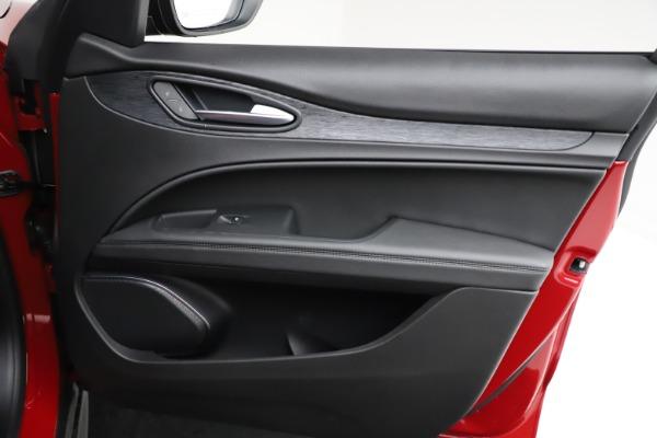 New 2021 Alfa Romeo Stelvio Q4 for sale $50,535 at Alfa Romeo of Westport in Westport CT 06880 25