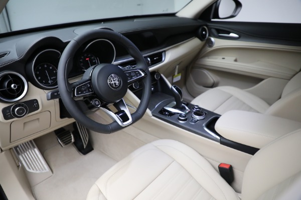 New 2021 Alfa Romeo Stelvio Ti Q4 for sale $55,205 at Alfa Romeo of Westport in Westport CT 06880 13
