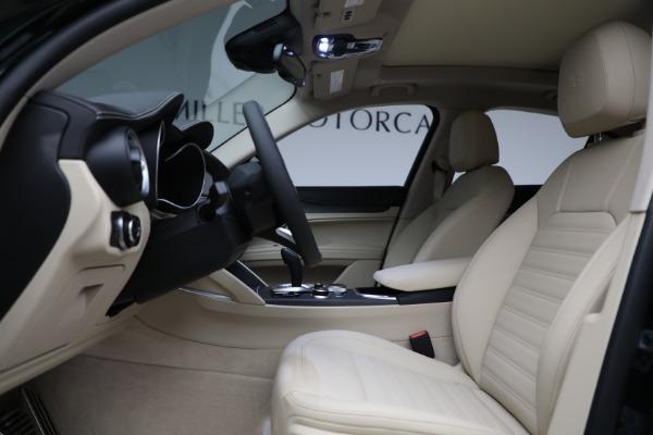 New 2021 Alfa Romeo Stelvio Ti Q4 for sale $55,205 at Alfa Romeo of Westport in Westport CT 06880 14