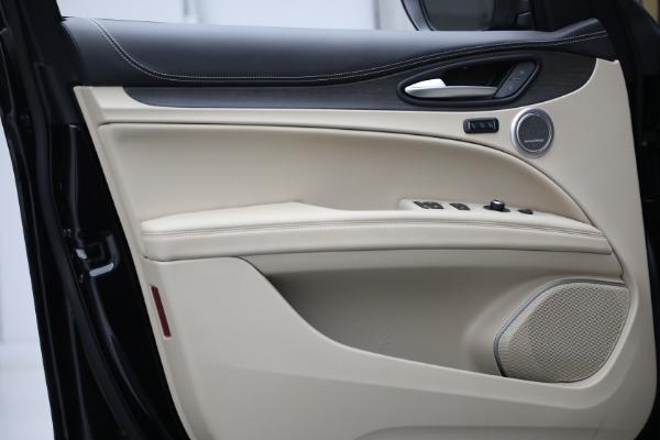New 2021 Alfa Romeo Stelvio Ti Q4 for sale $57,400 at Alfa Romeo of Westport in Westport CT 06880 13