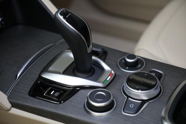 New 2021 Alfa Romeo Stelvio Ti Q4 for sale $57,400 at Alfa Romeo of Westport in Westport CT 06880 20