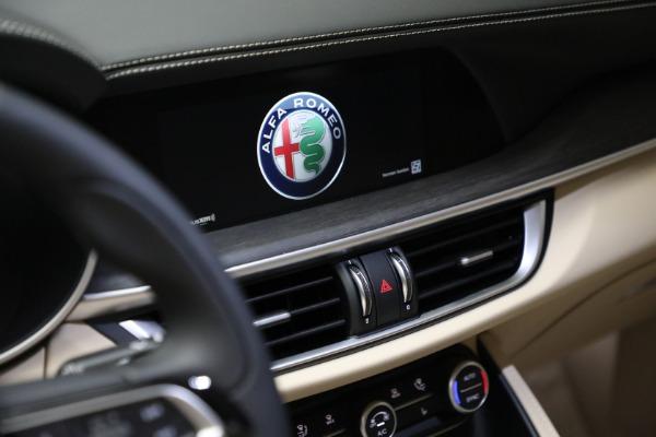 New 2021 Alfa Romeo Stelvio Ti Q4 for sale $57,400 at Alfa Romeo of Westport in Westport CT 06880 21
