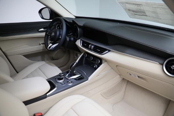 New 2021 Alfa Romeo Stelvio Ti Q4 for sale $57,400 at Alfa Romeo of Westport in Westport CT 06880 28