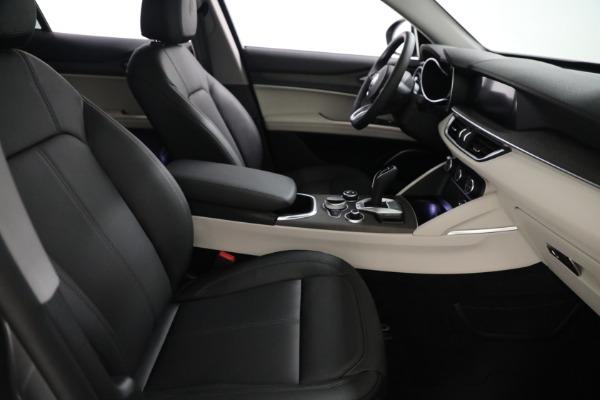 New 2021 Alfa Romeo Stelvio Ti Q4 for sale $54,400 at Alfa Romeo of Westport in Westport CT 06880 21