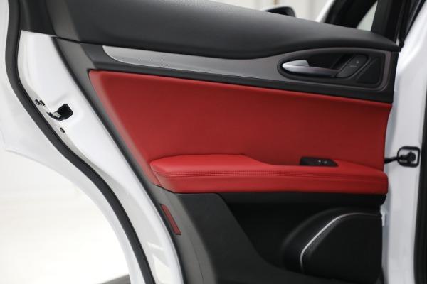 New 2021 Alfa Romeo Stelvio Ti Sport Q4 for sale Sold at Alfa Romeo of Westport in Westport CT 06880 25