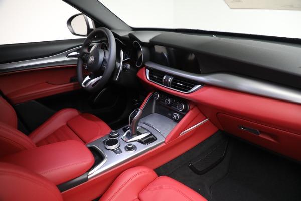New 2021 Alfa Romeo Stelvio Ti Sport Q4 for sale Sold at Alfa Romeo of Westport in Westport CT 06880 26