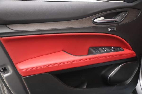 New 2021 Alfa Romeo Stelvio Ti Q4 for sale $54,400 at Alfa Romeo of Westport in Westport CT 06880 13