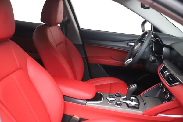 New 2021 Alfa Romeo Stelvio Ti Q4 for sale $54,400 at Alfa Romeo of Westport in Westport CT 06880 16