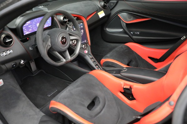 Used 2020 McLaren 720S Performance for sale $334,900 at Alfa Romeo of Westport in Westport CT 06880 17