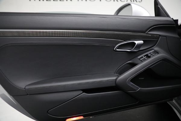Used 2018 Porsche 911 GT3 Touring for sale $245,900 at Alfa Romeo of Westport in Westport CT 06880 18