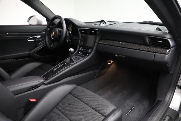Used 2018 Porsche 911 GT3 Touring for sale $245,900 at Alfa Romeo of Westport in Westport CT 06880 19