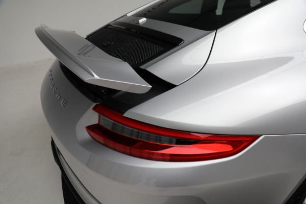 Used 2018 Porsche 911 GT3 Touring for sale $245,900 at Alfa Romeo of Westport in Westport CT 06880 25