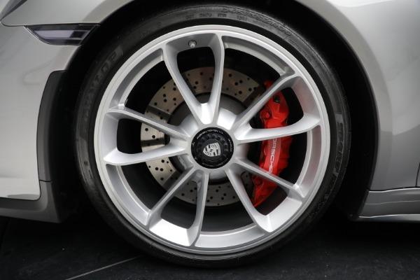 Used 2018 Porsche 911 GT3 Touring for sale $245,900 at Alfa Romeo of Westport in Westport CT 06880 28