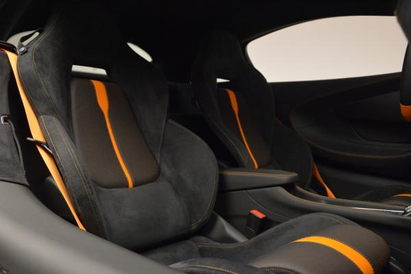 Used 2016 McLaren 570S for sale Sold at Alfa Romeo of Westport in Westport CT 06880 19