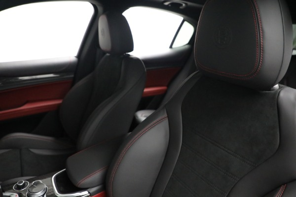 New 2021 Alfa Romeo Stelvio Quadrifoglio for sale $88,550 at Alfa Romeo of Westport in Westport CT 06880 15