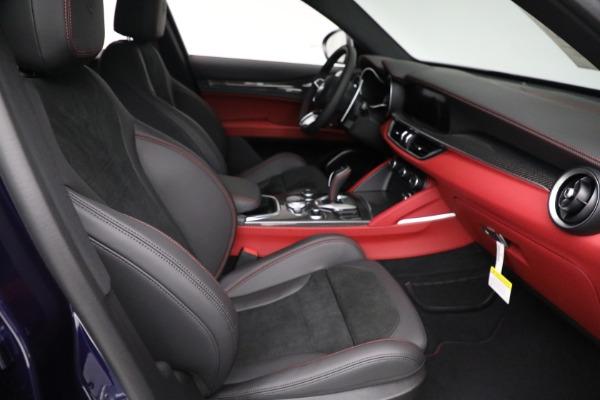 New 2021 Alfa Romeo Stelvio Quadrifoglio for sale $88,550 at Alfa Romeo of Westport in Westport CT 06880 21
