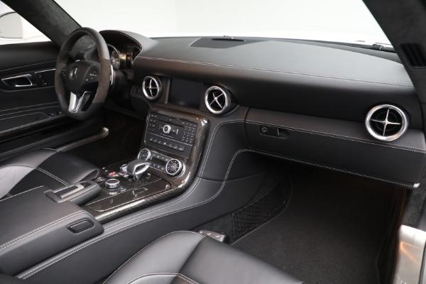 Used 2012 Mercedes-Benz SLS AMG for sale $159,900 at Alfa Romeo of Westport in Westport CT 06880 18